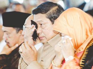 INDONESIA-ASIA-QUAKE-1YEAR-ANNIVERSARY